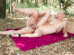 AmateurEuro - Outdoor Anal Sex With Sexy MILF - Mia Wallace