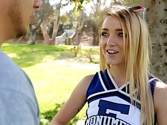 Petite High School Cheerleader Fucks Tramp From Craigslist