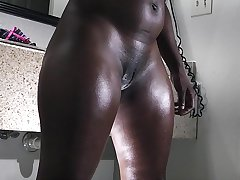 a big hindquarters ebony gets take note the fuck table
