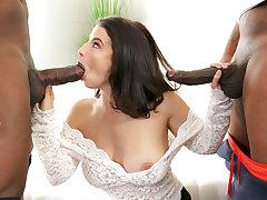 Big Ass Lasirena69 Takes 2 Big Black Cocks